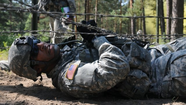 spartan-race-barbed-wire-crawl-3