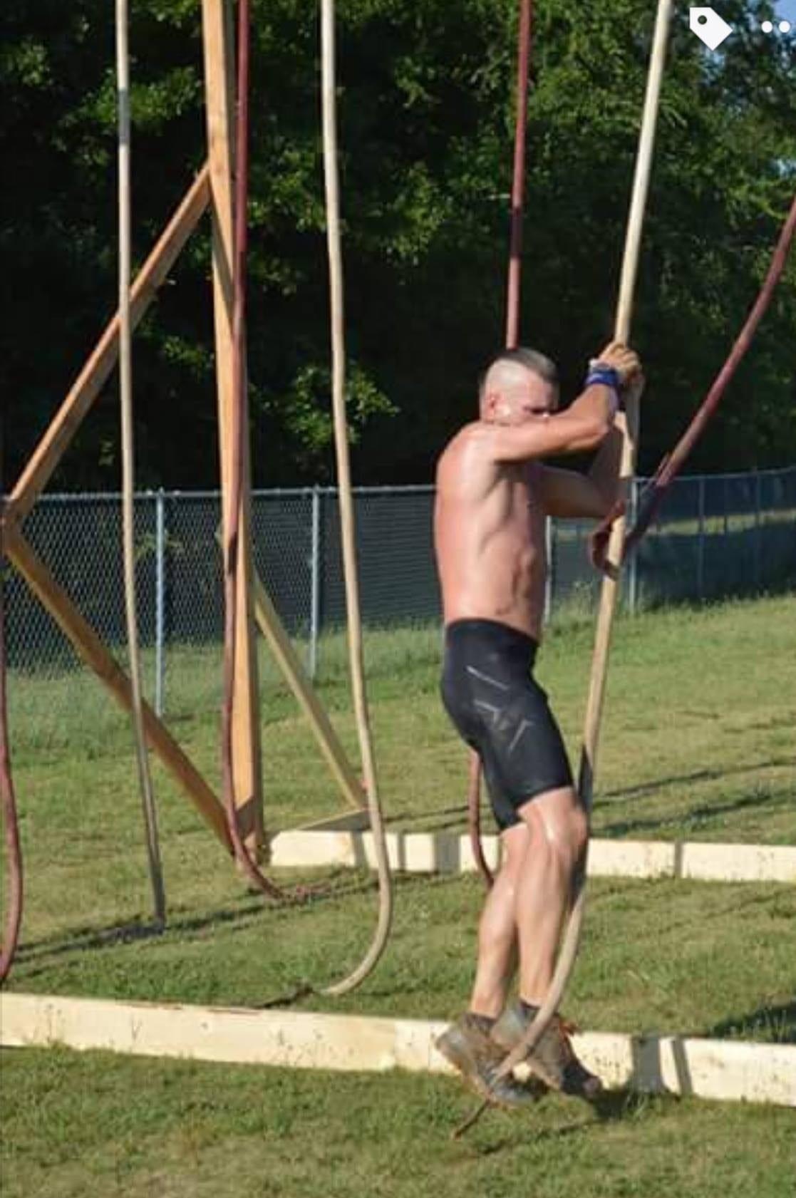 Terrain Race Tarzan Swing