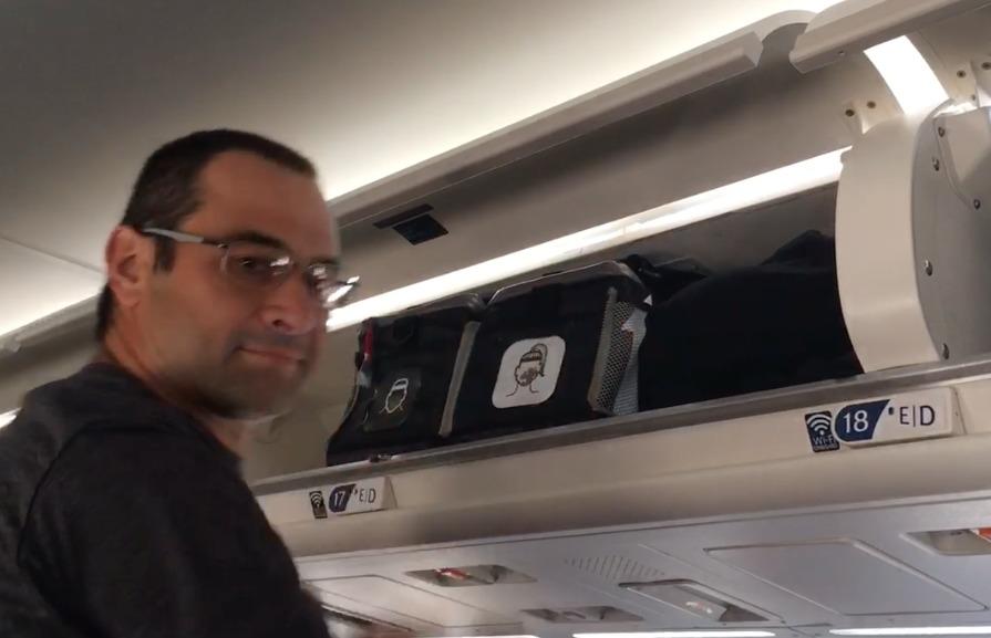 kitbrix-review-airplane-storage