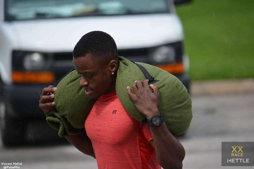 Sandbag-Carry-at-XX-Race-at-iMETTLE