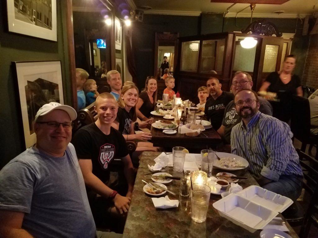 LeaderBoard-athletes-meet-for-dinner