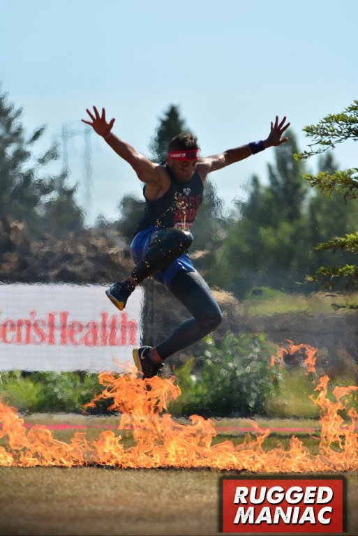 Rugged-Maniac-Vancouver-2017-Fire-Jump