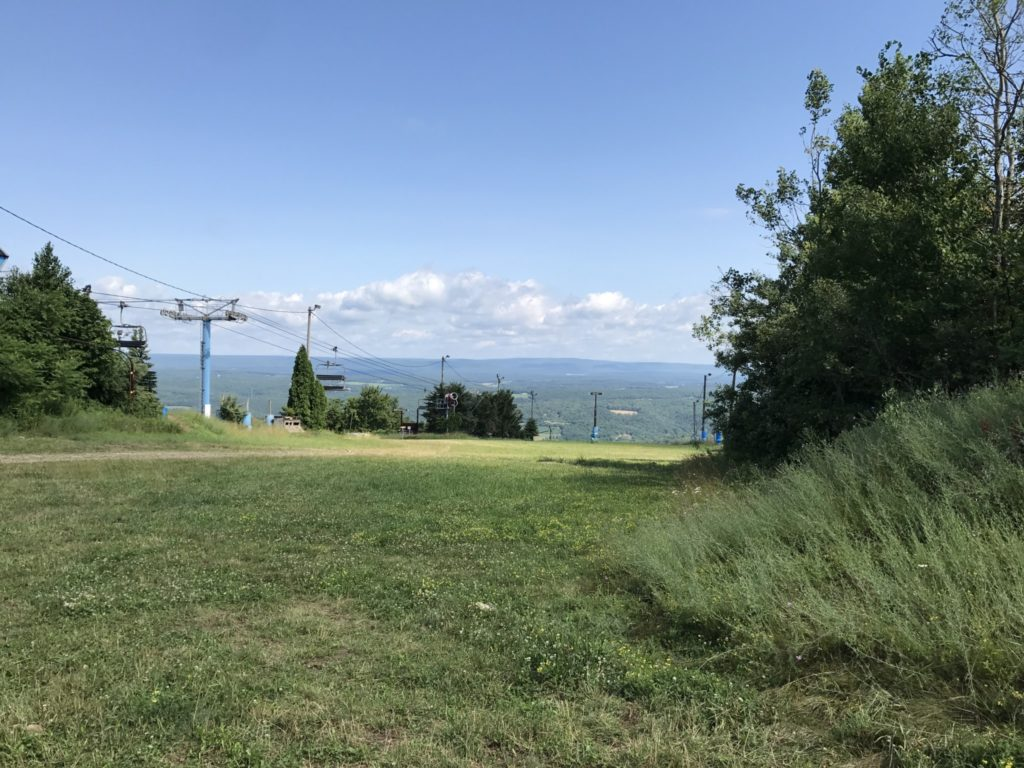 View-from-the-top-of-Blue-Mountain