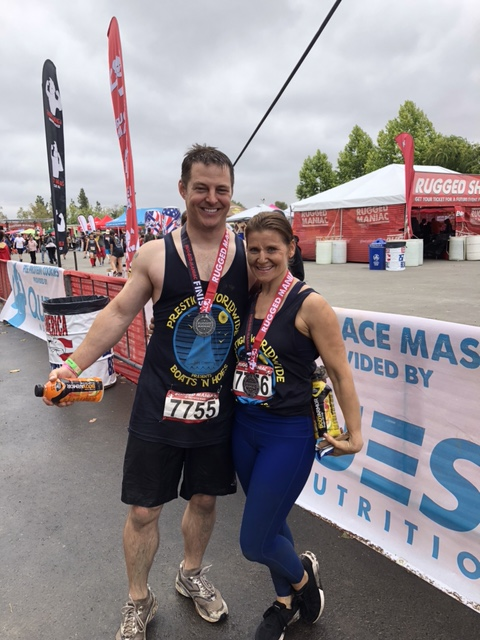 Rugged Maniac Tim and Renee Hennessy